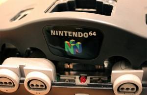 Nintendo 64 desmontado